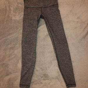 Lululemon Heather Grey Leggings size 6